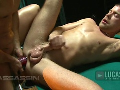 Assasin Prat 2: Rafael Alencar thrusts his monster cock and two dildos into power bottom Baxton Bond