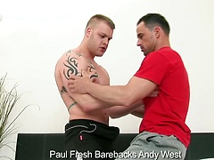 Paul Fresh barebacks Andy West's ass