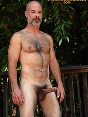 Old man Evan Scott posing naked outdoors by Pantheon Bear image #8