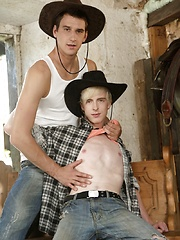 Big twink cum loads for horny farm hands - Mike and Benjamin by Spritzz image #7