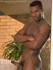 Black muscle hunk Ned McCabe by Kristen Bjorn image #5