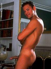 Carlos Velasquez shows his cock by Kristen Bjorn image #4