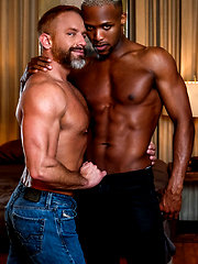 Andre Donovan tops muscle-bear Dirk Caber by Lucas Entetainment image #12