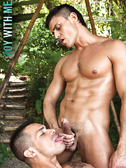 Rafael Carreras and Fernando Torres' Outdoor Playtime by Lucas Raunch image #9