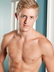 Hot blond Levi Michaels masturbates by Randy Blue image #9