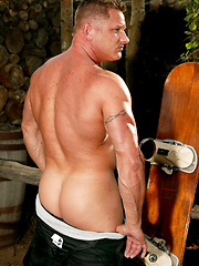 Muscle hunk Kade by Playgirl image #5