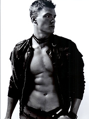Alan Ritchson by Male Stars image #6