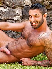 Hot muscle hunk from italy - Raul Korso by LucasKazan image #10
