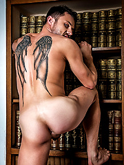 Barebackula Claims The Cum Of Jonathan Harder by Lucas Entetainment image #13