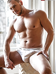 Lee Santino Bottoms For Step-daddy Hans Berlin by Lucas Entetainment image #9