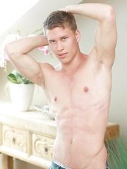 Logan Hoult by BelAmi Online image #6