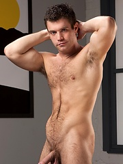 John Magnum Shows Off His Chiseled Perfection!