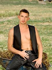Dayton O\\\'Connor posing naked outdoors