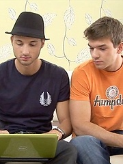 Cute boys Colin Hewitt and Gaelan Binoche  fucking
