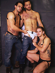 Mason Star, Tommy Defendi and Phenix Saint 3-Way fuck