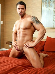Angel Diablo spends hours in the gym perfecting his smooth bodybuilder muscles and is getting off on showing you everything.