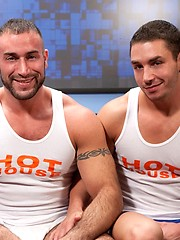 Big muscle men Spencer Reed and Marc Dylan fucking