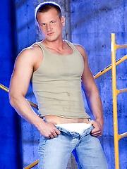Thom Barron shows his athletic body