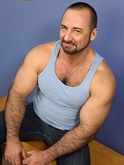 Muscled hairy man Rocky LaBarre