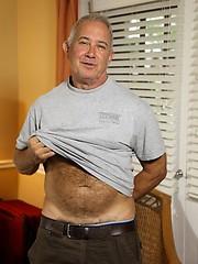 Dick Ryan shows his old uncut cock