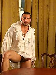 Musculed hunk Andreas posing