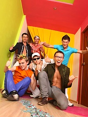 Hot teen friends make a hardcore gay party