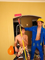 Pair of horny construction job twinks go all out on the ladders