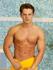 Grigori Zharov, muscled twink