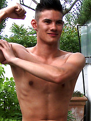 Young Straight Lean Swimmer Tim Shows His Fantastic Uncut Cock!