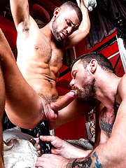 Jeffrey Lloyd Gives His Hole To Sergeant Miles