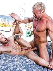 Tomas Brand, Gabriel Phoenix - Dockside Flip-fucking