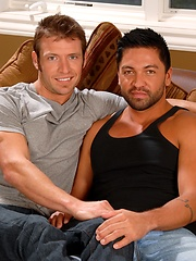 Muscle studs Kevin Crows and Dominic Pacifico fucking