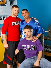 Three muscled guys Cody Cummings, James Jamesson and Adam Wirthmore goes threesome