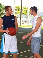 Hot athlets Jake Steel and Micah Jones fucking