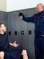Hot athletes Cameron Adams and Drew Cutler fucking