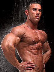 Hot muscle man Gianluigi Volti shows his boner
