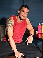Muscle painter - Cody Cummings