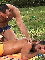 Brad Kalvo and Damien Stone cock sucking outdoors