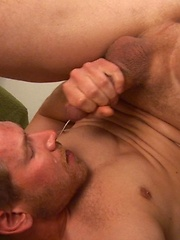 Alex Adams jacking off an shoots a load in his own face