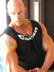 Bodybuilder Peter Latz