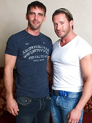 Muscle hunks Joe Parker and Chad Glenn fucking