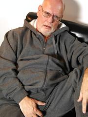 Bald daddy Kurt Shaw strokes dick
