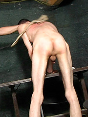 Hard spanking! This guy's ass will regret to be there!