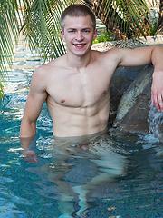 Hot american boy Oliver
