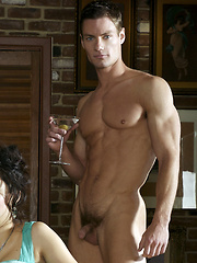 Hot muscled hunks Brett