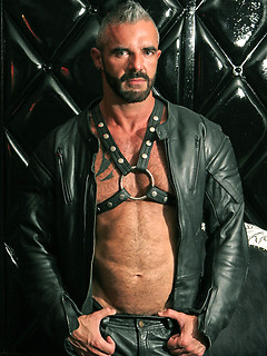 Leathermen personals